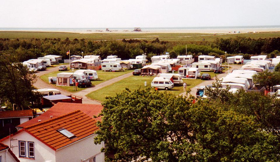 Campingplatz Silbermöwe: Blick auf den Campingplatz und den Strand